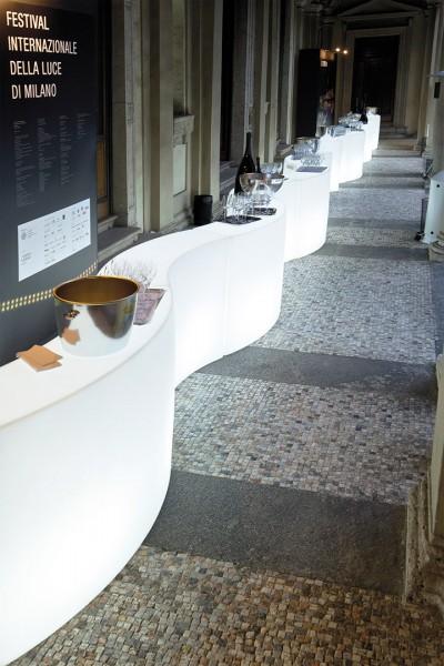Slide Design Snack Bar Verlicht