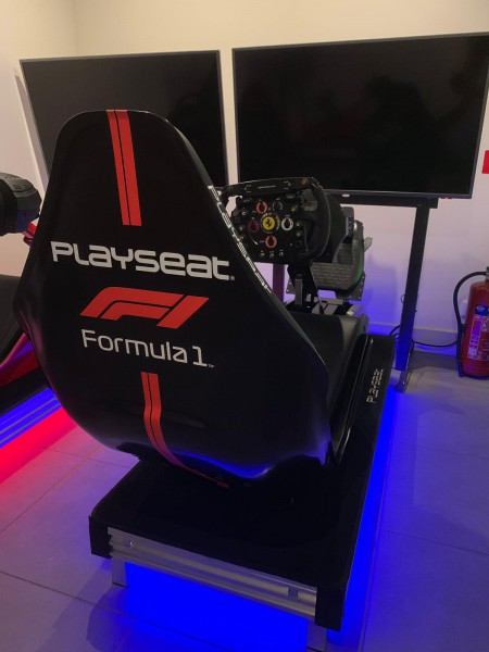 DEMO Playseat® F1 Black Official Licensed