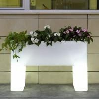 vondom-plantenbak-malaga-wit-verlicht