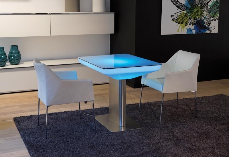 https://www.gadgetsentrends.nl/imagestore/product/4172/moree-studio-tafel-led-verlicht-9577.jpg