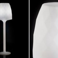 Vondom Vases Lampara de Pie Wit Verlicht