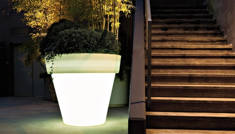 Boompot xl roma 130 wit verlicht verlichte ronde potten for Bloempot verlicht